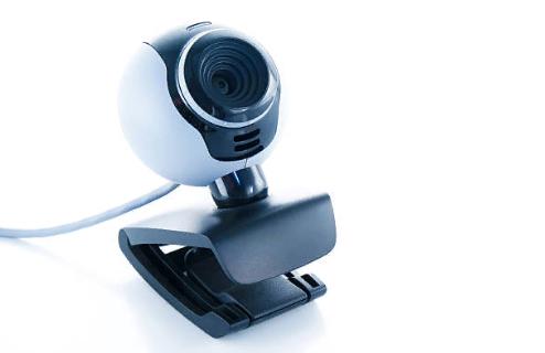 Камера видеонаблюдения со встроенным микрофоном