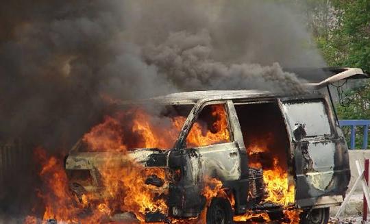 Пожар в транспортном средстве