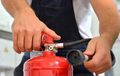 Использование специальных средств тушения пожара