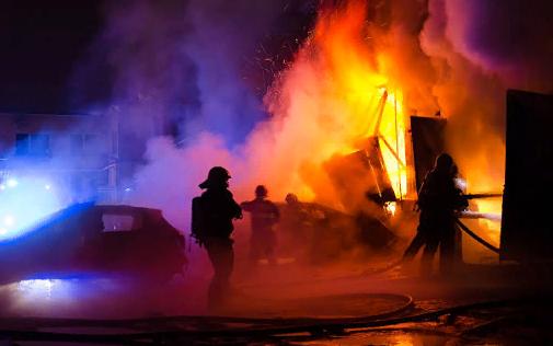 Крушение строительных конструкций при пожаре