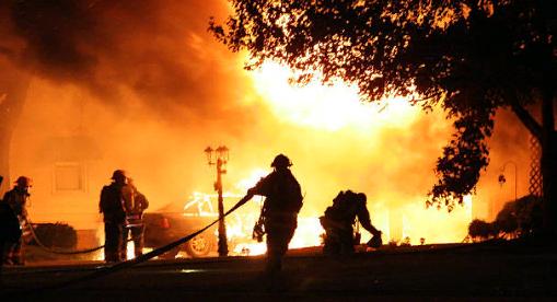 Как действовать при пожаре