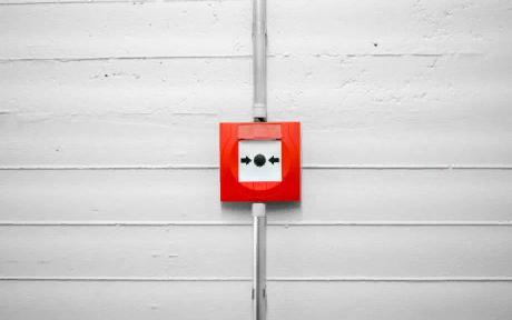 Кнопка пожарной тревоги